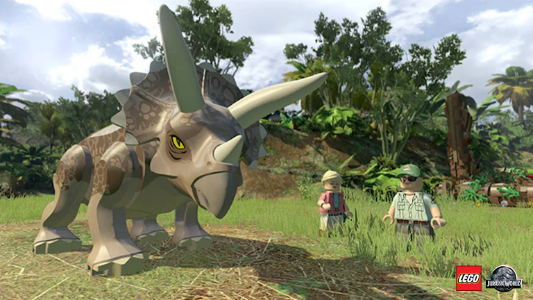 A menacing yet friendly triceratops in LEGO Jurassic World.