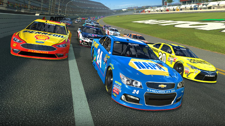 Real Racing 3 - Daytona 500 race cars go three wide